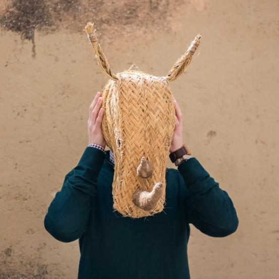 Cabeza rinoceronte de esparto