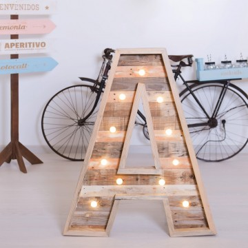 Letra luminosa de madera 80cm